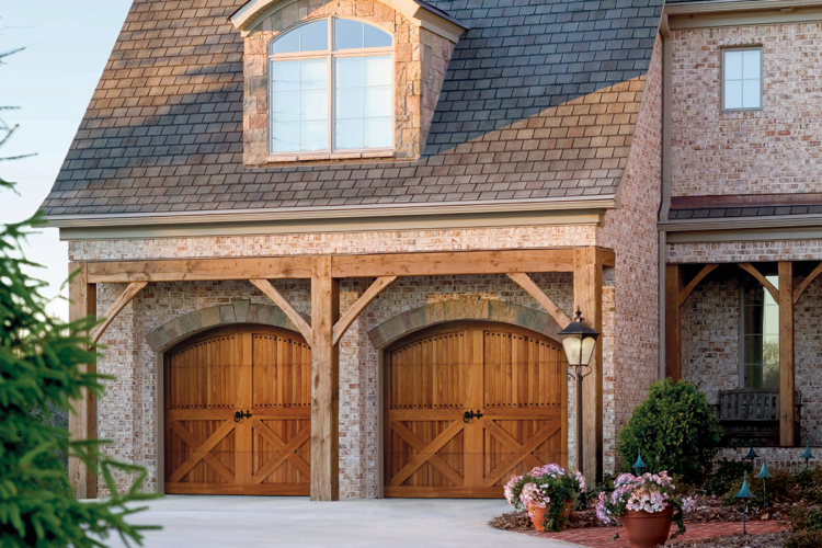 Garage Door Tips – Reasons Why You Should Invest In a New Garage Door